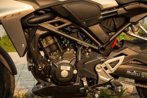 CB300R-Động cơ mạnh mẽ